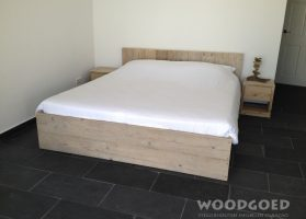 steigerhouten-bed-bon-dia