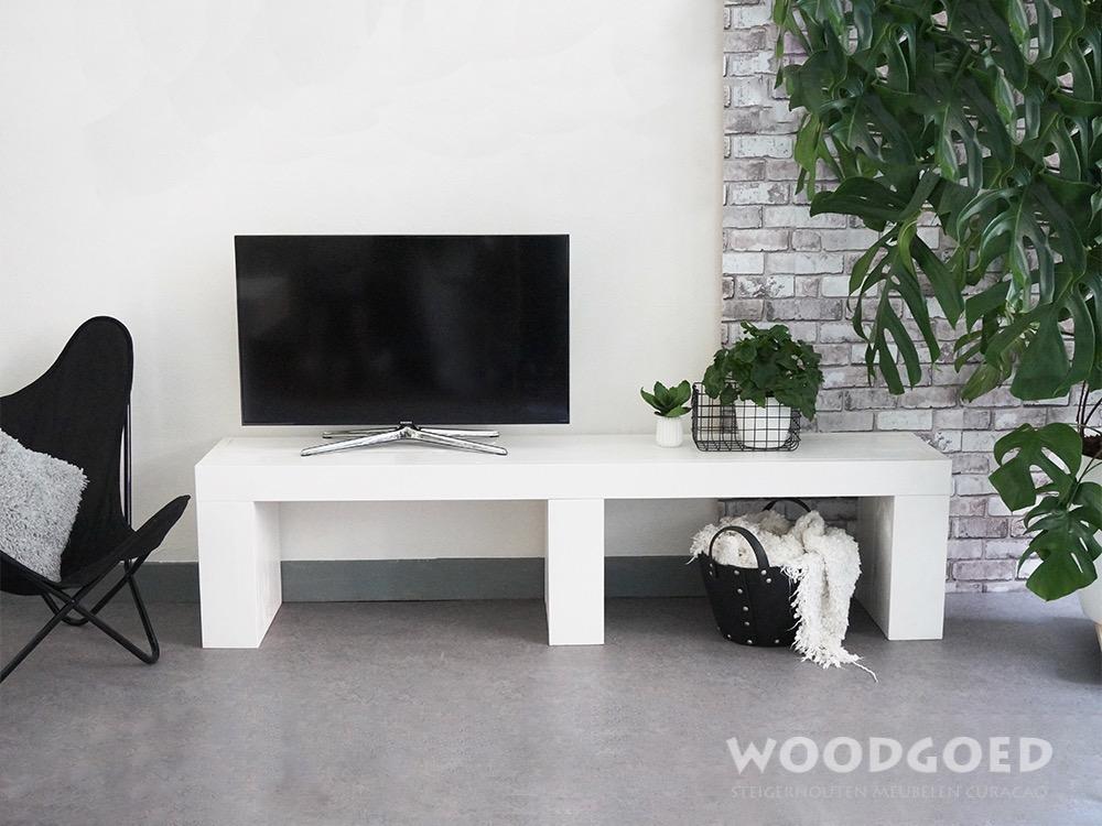 Woonkamer witte meubels : Witte Houten TV meubel Blanku Woodgoed com